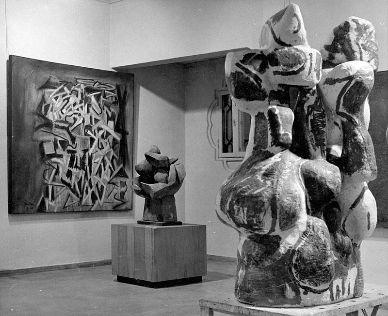 Peter Voulkos's exhibition at the Pasadena Art Museum in 1958
