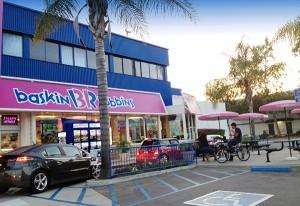 Burbank Baskin-Robbins ice cream store