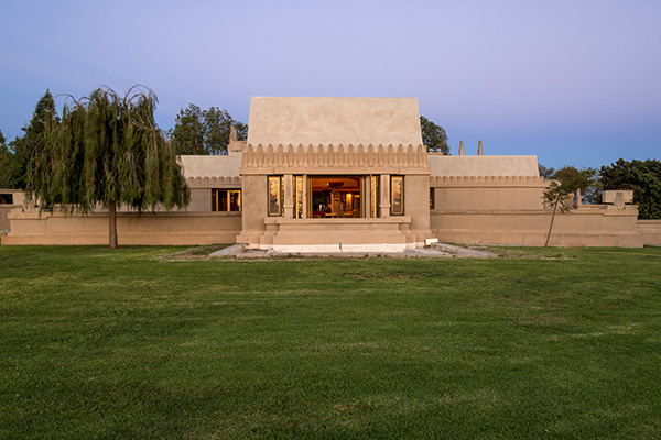 Hollyhock House exterior. Photo: jwpictures.com